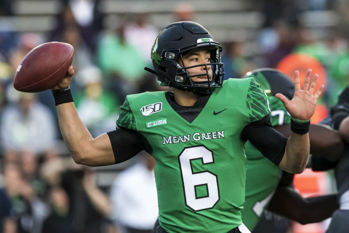 North Texas quarterback Mason Fine (6) attempts a pass during the second half of college football game Saturday, Nov 23, 2019, in Houston.