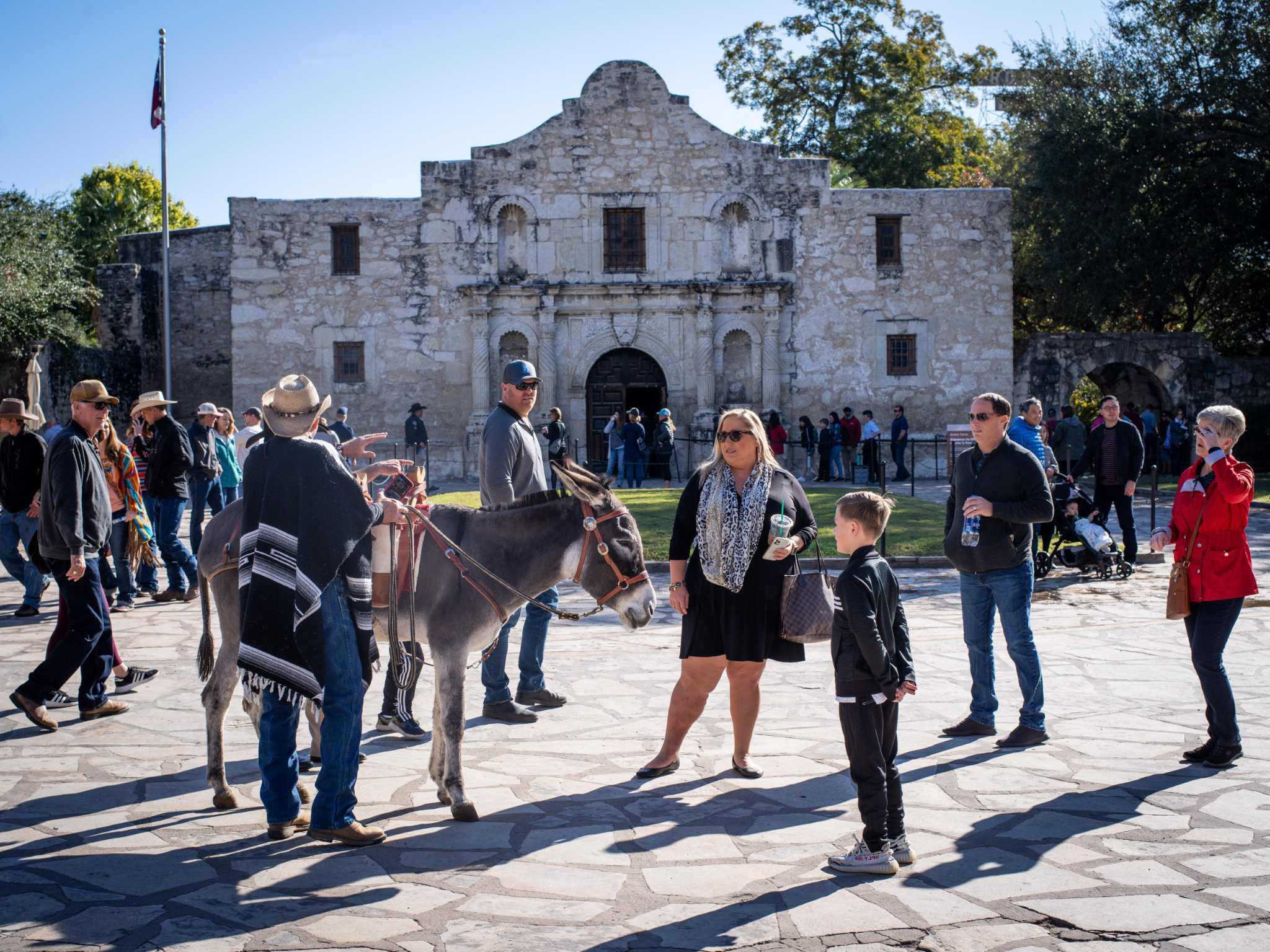 Tuesday S Weather In San Antonio Bright And Sunny On