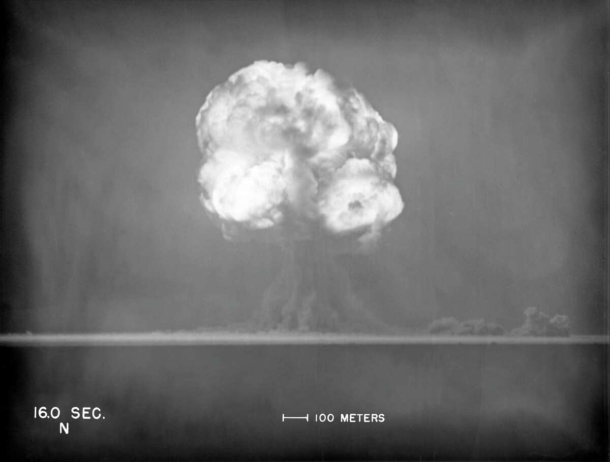 In an image provided by Los Alamos National Laboratory, The first atom bomb test, in New Mexico, July 16, 1945. Historians have unearthed and identified a fourth spy who worked on the Manhattan Project -- Oscar Seborer, who successfully fled to the Soviet Union some years later. (Los Alamos National Laboratory via The New York Times) -- FOR EDITORIAL USE ONLY --