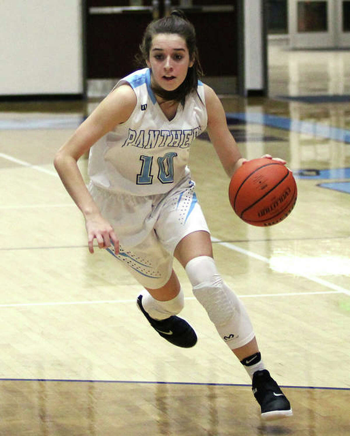 Jersey's Abby Manns, shown in a game last season, scored 15 points to lead the Panthers to a win over Breese Central on Saturday night in the championship game of the Alton Tournament.