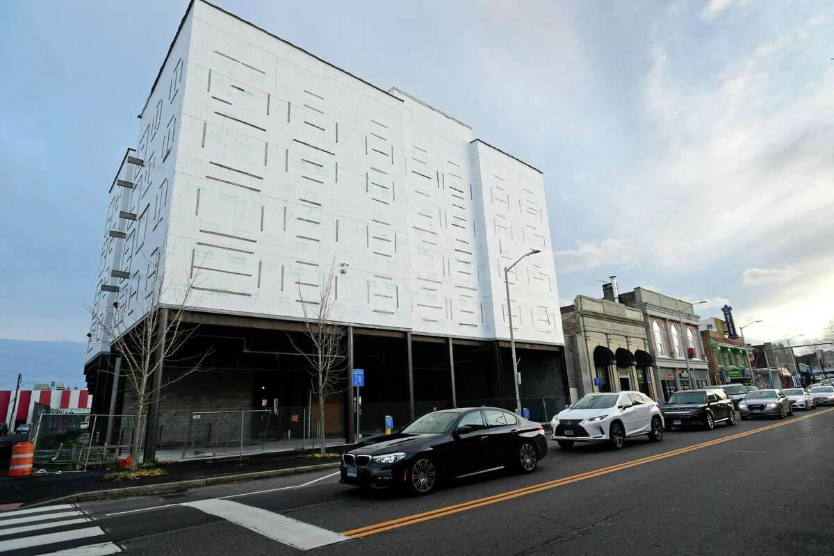 The Planning Committee of the Common Council has approved a revised plan for the long-stalled POKO project in Norwalk's Wall Street neighborhood.