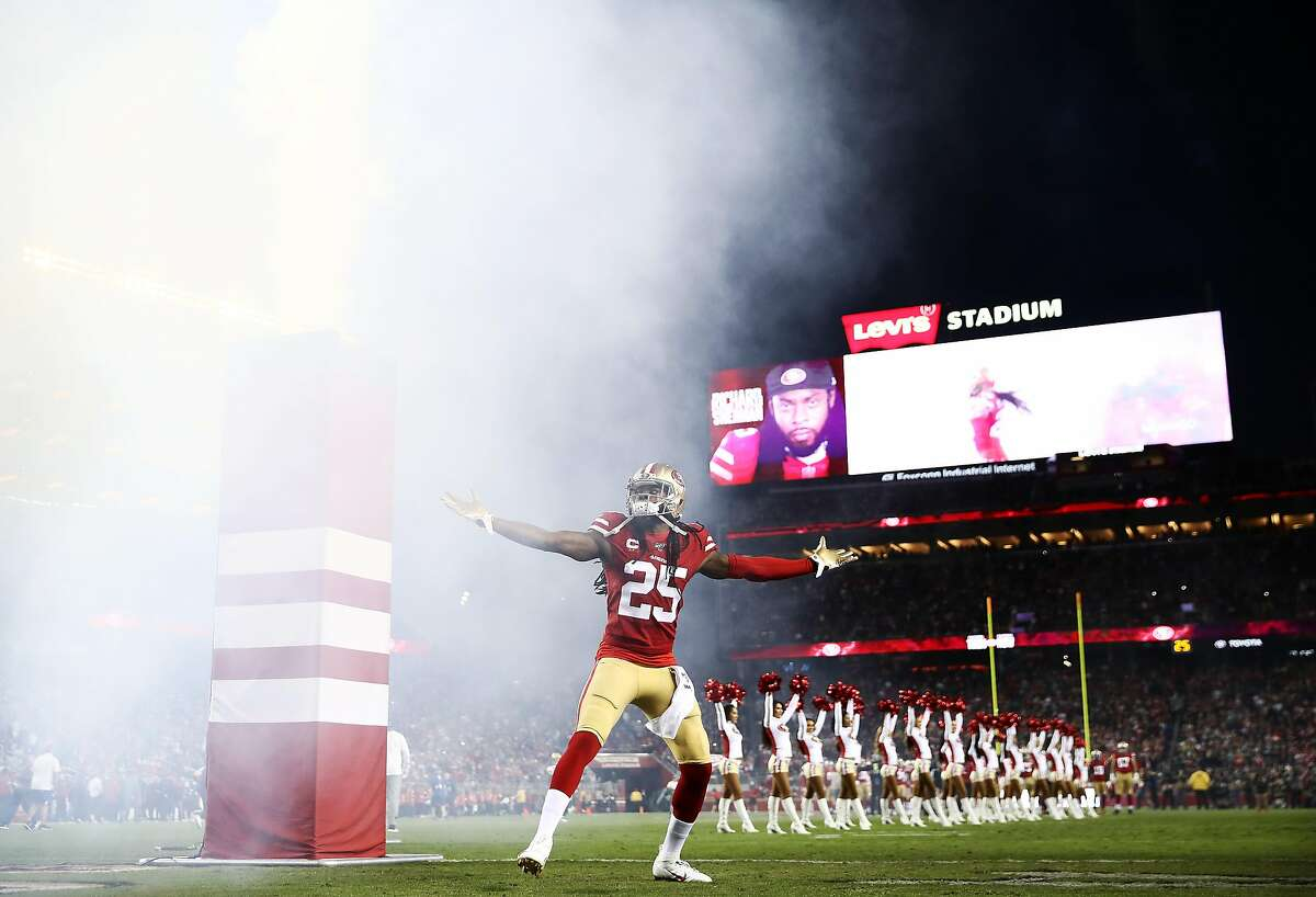 Cornerback Richard Sherman #25 of the San Francisco 49ers takes the field during player introductions prior to the game against the Green Bay Packers at Levi's Stadium on November 24, 2019 in Santa Clara, California. (Photo by Ezra Shaw/Getty Images)