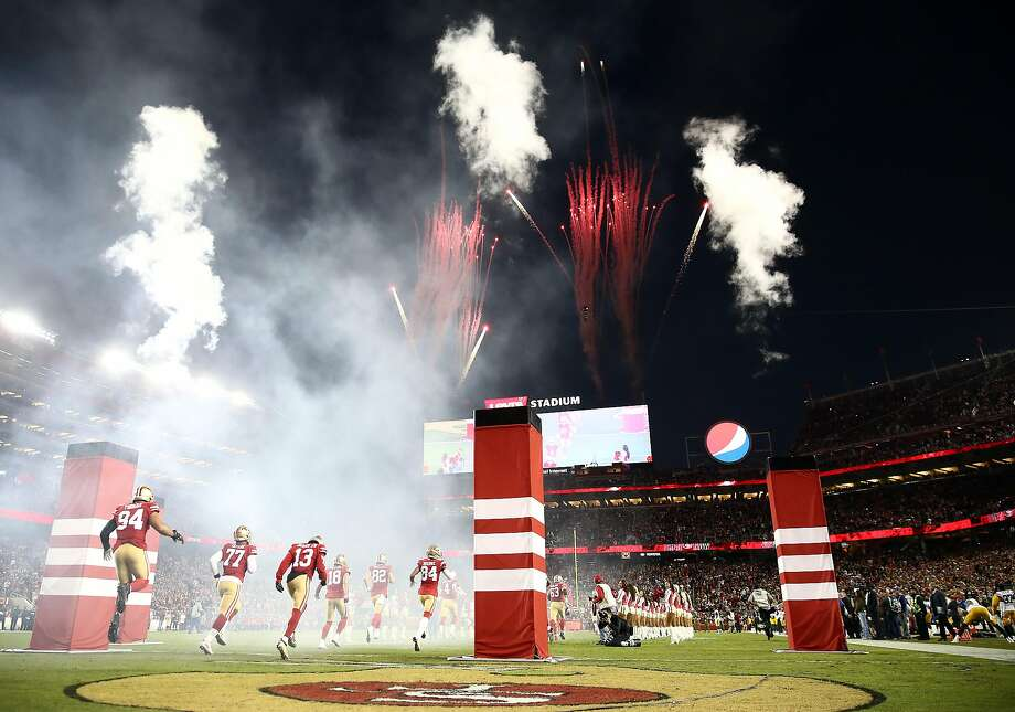 SANTA CLARA, CALIFORNIA - NOVEMBER 24: The San Francisco 49ers take the field during player introductions prior to the game against the Green Bay Packers at Levi's Stadium on November 24, 2019 in Santa Clara, California. (Photo by Ezra Shaw/Getty Images) Photo: Ezra Shaw, Getty Images