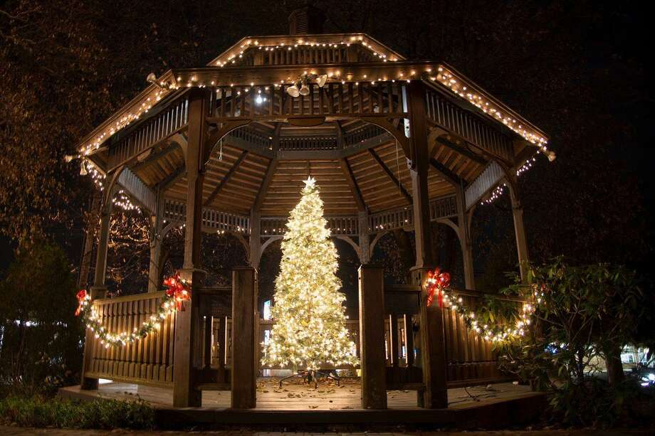 The annual tree lighting on the Huntington Green will be Sunday, Dec. 1, starting at 5 p.m. Photo: Picasa / Connecticut Post
