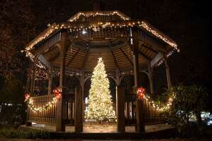 The annual tree lighting on the Huntington Green will be Sunday, Dec. 1, starting at 5 p.m.