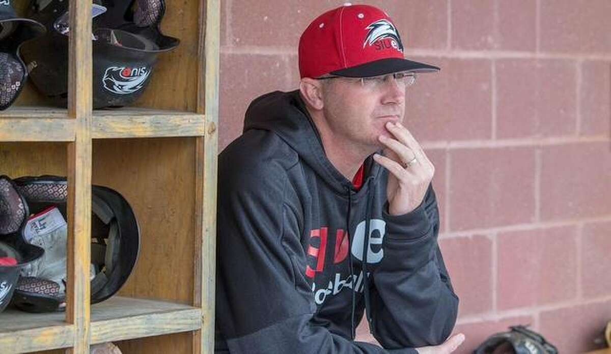 SIUE coach Sean Lyons looks on from the dugout during the regular season last year.