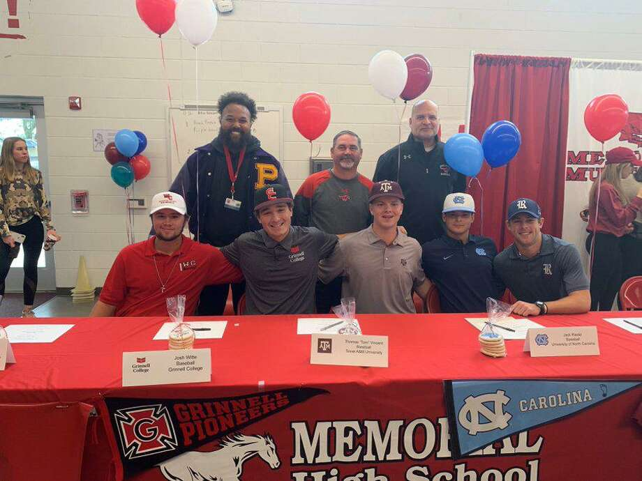 The Memorial baseball team celebrated national signing day Nov. 13 at MHS, with five players finalizing National Letters of Intent. Pictured from left are Mason Flinn (Wharton Junior College), Josh Witte (Grinnell College), Thomas Vincent (Texas A&), Jack Riedel (North Carolina) and Ben Dukes (Rice). Photo: Memorial High School / Memorial High School