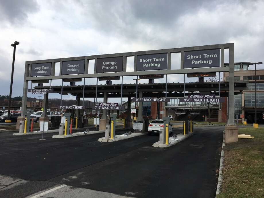 Which lane? A new parking system is causing some confusion at the Albany International Airport. Photo: Eric Anderson