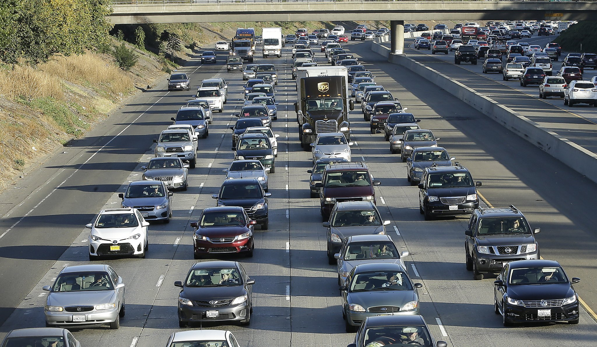 In worrying sign, California's greenhouse gas emissions rise slightly in latest tally
