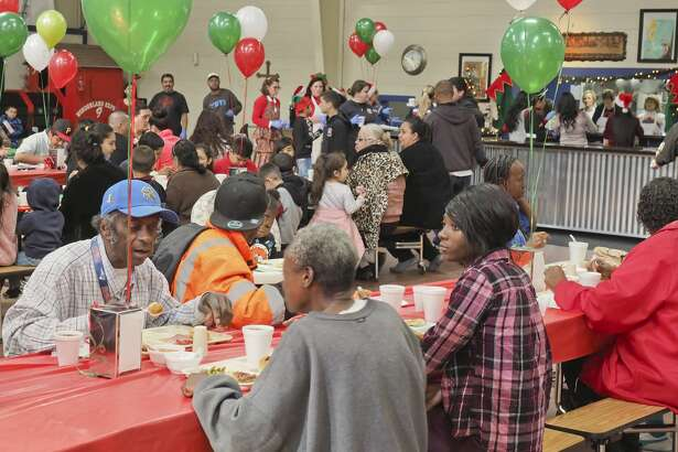 Midland Soup Kitchen Ministry served more than 800 people last year at the nonprofit's annual Christmas meal.