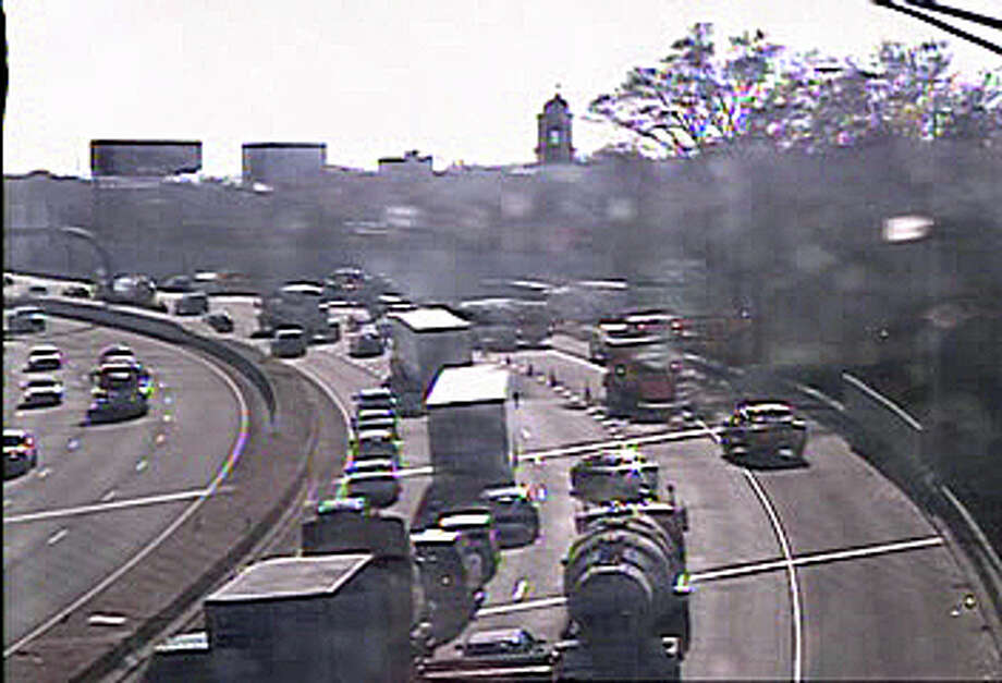 A crash on I-95 causing delays on Tuesday. Photo: Connecticut DOT