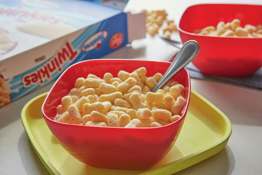 The new Twinkies cereal tastes like a spoonful of sugary nostalgia - and never gets soggy