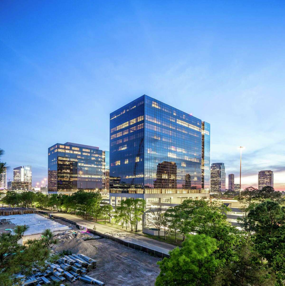 The Park Towers office project on the West Loop has been acquired by Regent Properties.