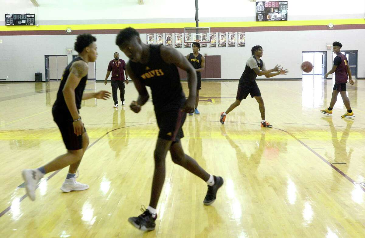 Beaumont United's varsity practice Tuesday morning as they continue prepping for a successful season. Photo taken Tuesday, November 26, 2019 Kim Brent/The Enterprise