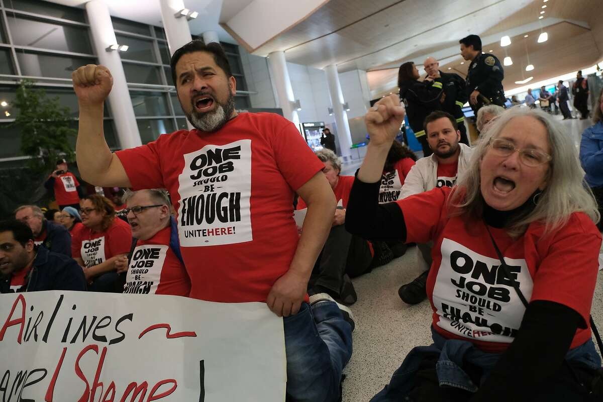 UNITE HERE Local 2 airline catering workers demonstrate at SFO in 2019.