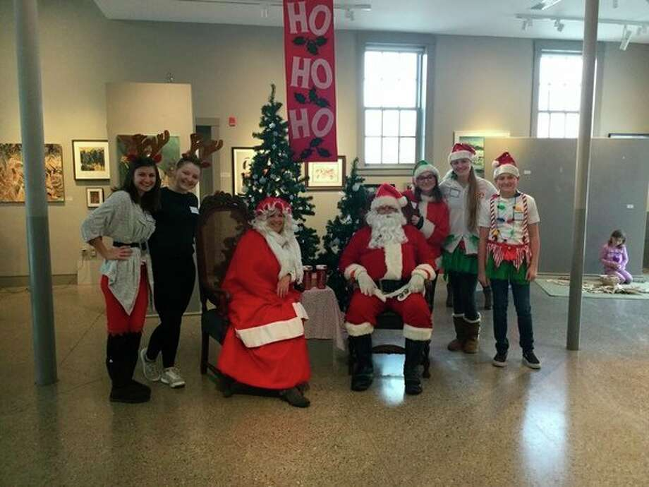 The Elizabeth Lane Oliver Center For the Arts will be hosting Santa and Mrs. Claus during a family fun event. (Courtesy photo)