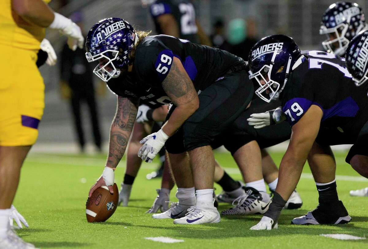 Mount Union offensive lineman and former Oak Ridge player Joey Presutti (59), shown here last season, was a first-team All-Ohio Athletic Conference selection this season for the Purple Raiders.
