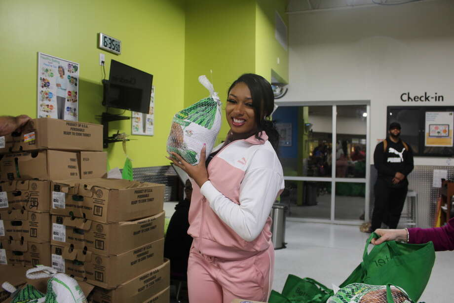 Megan Thee Stallion spent an hour at theHouston Food Bank Portwall Pantry where she contributed $15,400 worth of turkeys to 1050 households in five area neighborhoods. Photo: Houston Food Bank
