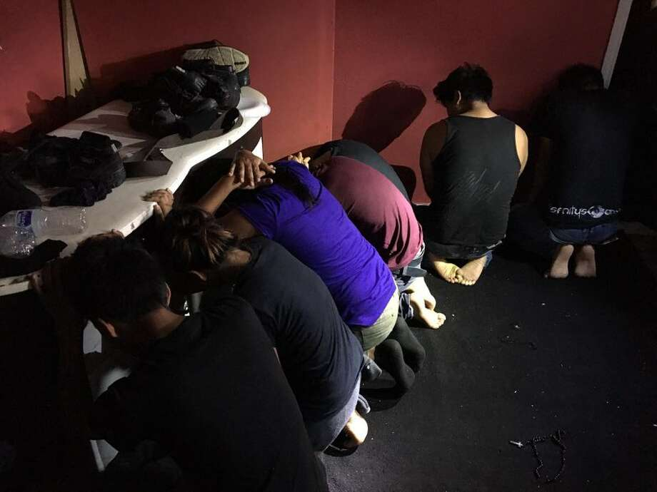 A total of 43 illegal immigrants were discovered by the USBP, HSI and WCSO inside a house on Baltimore Street in Laredo. Photo: Courtesy