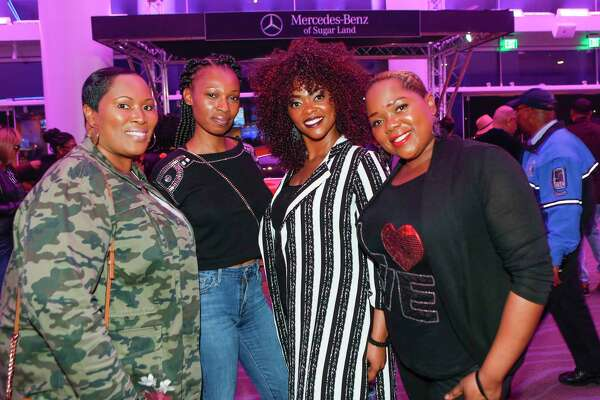 Fan arrive to see award-winning R&B singer Fantasia Barrino, Robin Thicke, Tank and The Bonfyre perform Wednesday,Nov. 27, 2019, in Sugar Land.