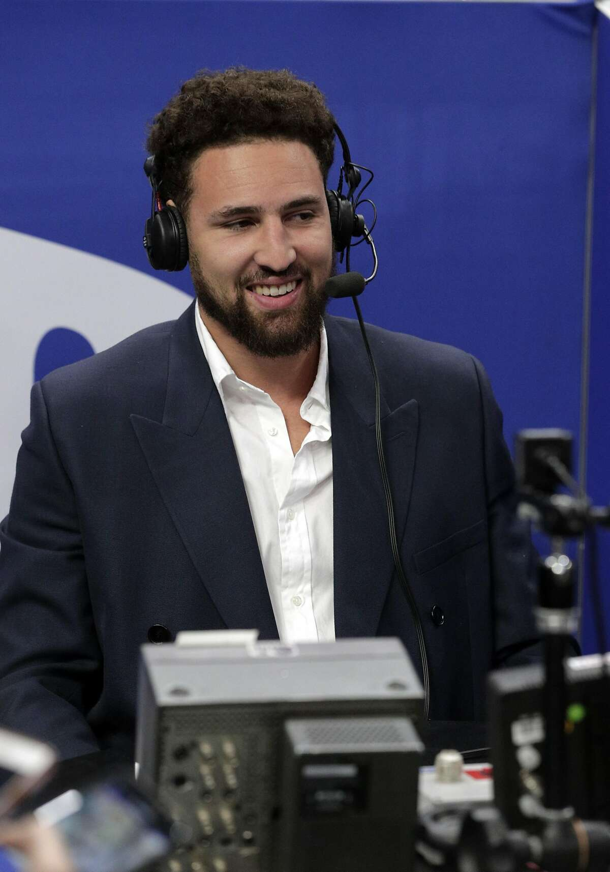 Klay Thompson (11) took some time in the second quarter to offer commentary on NBCSports Bay Area as the Golden State Warriors played the Chicago Bulls at Chase Center in San Francisco, Calif., on Wednesday, November 27, 2019.