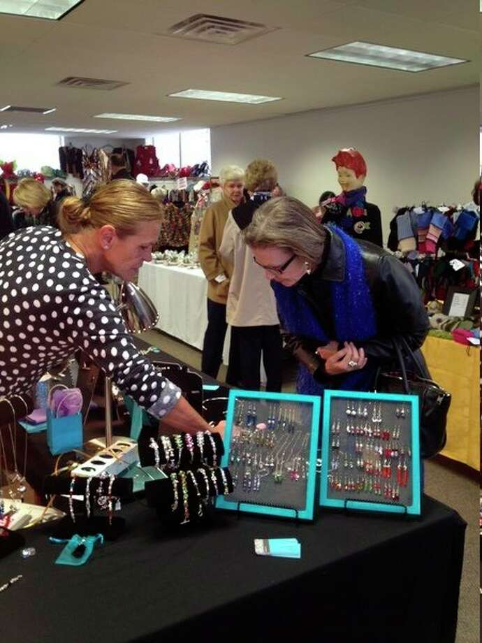 A scene from a past Hollyday Art Fair in Saginaw. (Photo provided/Hollyday Art Fair)