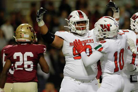 The Woodlands defensive linemen Caleb Fox (90) and the rest of the Highlanders have another tough test with Prosper in the regional semifinals on Saturday.