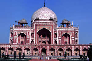 Travelers on United's non-stop SFO-New Delhi service, which starts next week, can visit historic landmarks like Humayun's Tomb.