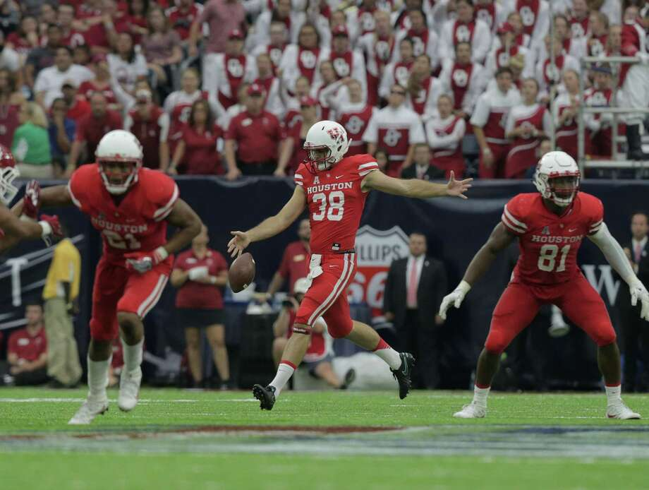 Houston Cougars punter Dane Roy (38) punts the ball in the second half against Oklahoma Sooners in the Advocare Texas Kickoff on Saturday, Sept. 3, 2016, at NRG Stadium in Houston. ( Elizabeth Conley / Houston Chronicle ) Photo: Elizabeth Conley, Staff / Houston Chronicle / © 2016 Houston Chronicle