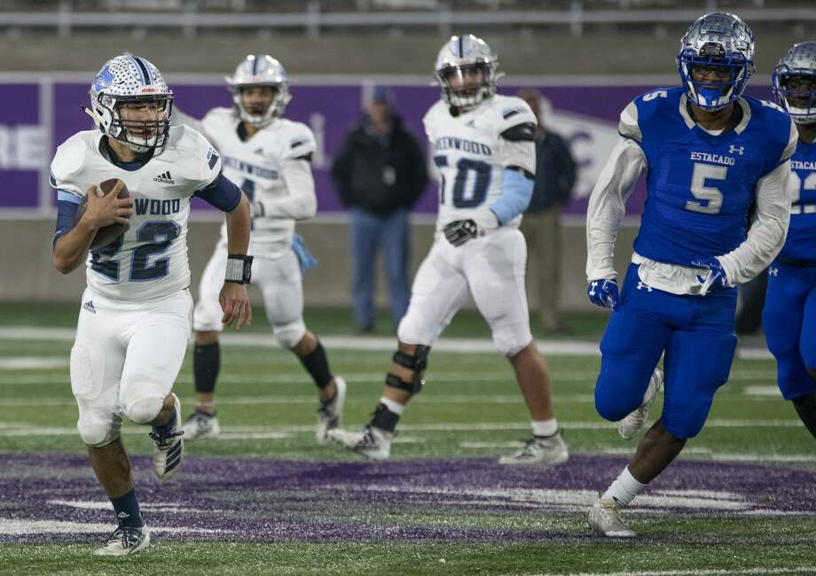 Greenwood's Ryan Snodgrass makes his way downfield as Lubbock Estacado's Sederick Colbert chases 11/29/19 at Anthony Field on the campus of Abilene Christian University. Tim Fischer/Reporter-Telegram Photo: Tim Fischer/Midland Reporter-Telegram