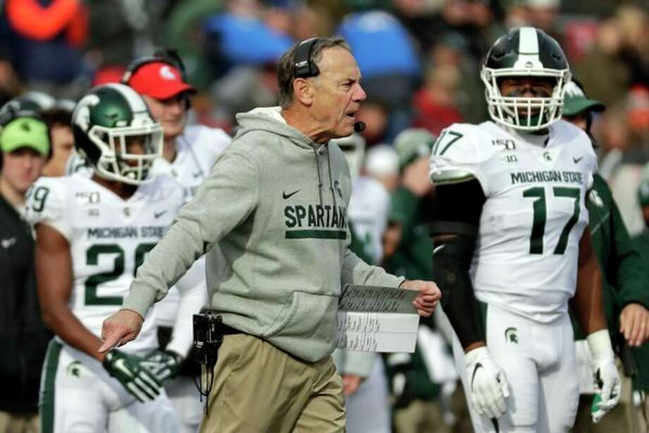 Michigan State head coach Mark Dantonio argues a call during the first half of an NCAA college football game against Rutgers on Saturday, Nov. 23, 2019, in Piscataway, N.J. Michigan State won 27-0. (AP Photo/Adam Hunger) / Copyright 2019 The Associated Press. All rights reserved.