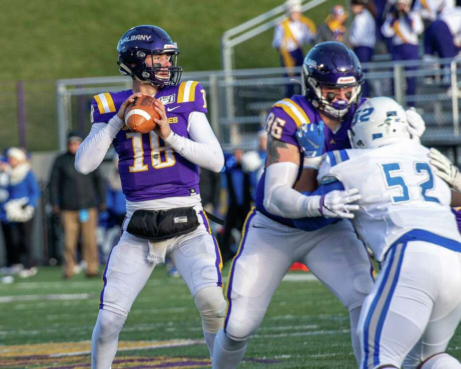 UAlbany quarterback Jeff Undercuffler has plenty of time to find a receiver behind the blocking of tight end LJ Wesneski during the first round of the NCAA playoffs against Central Connecticut at UAlbany on Saturday, Nov. 30, 2019 (Jim Franco/Special to the Times Union.) Photo: James Franco / 40048338A