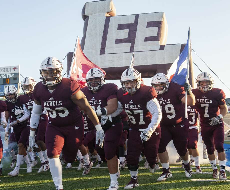 The Lee football team takes the field 11/30/19 before its game against Southlake Carroll at Shotwell Stadium in Abilene. Tim Fischer/Reporter-Telegram Photo: Tim Fischer/Midland Reporter-Telegram