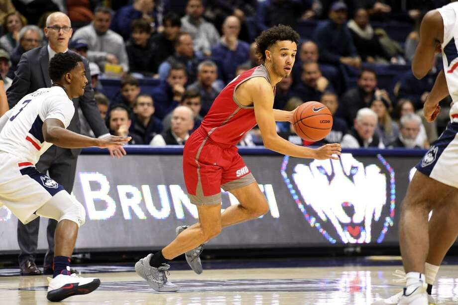 Sacred Heart sophomore guard Cameron Parker set NCAA Division I men's single game record with 24 assists in win over Pine Manor. Photo: Steve McLaughlin / Contributed Photo Via Sacred Heart