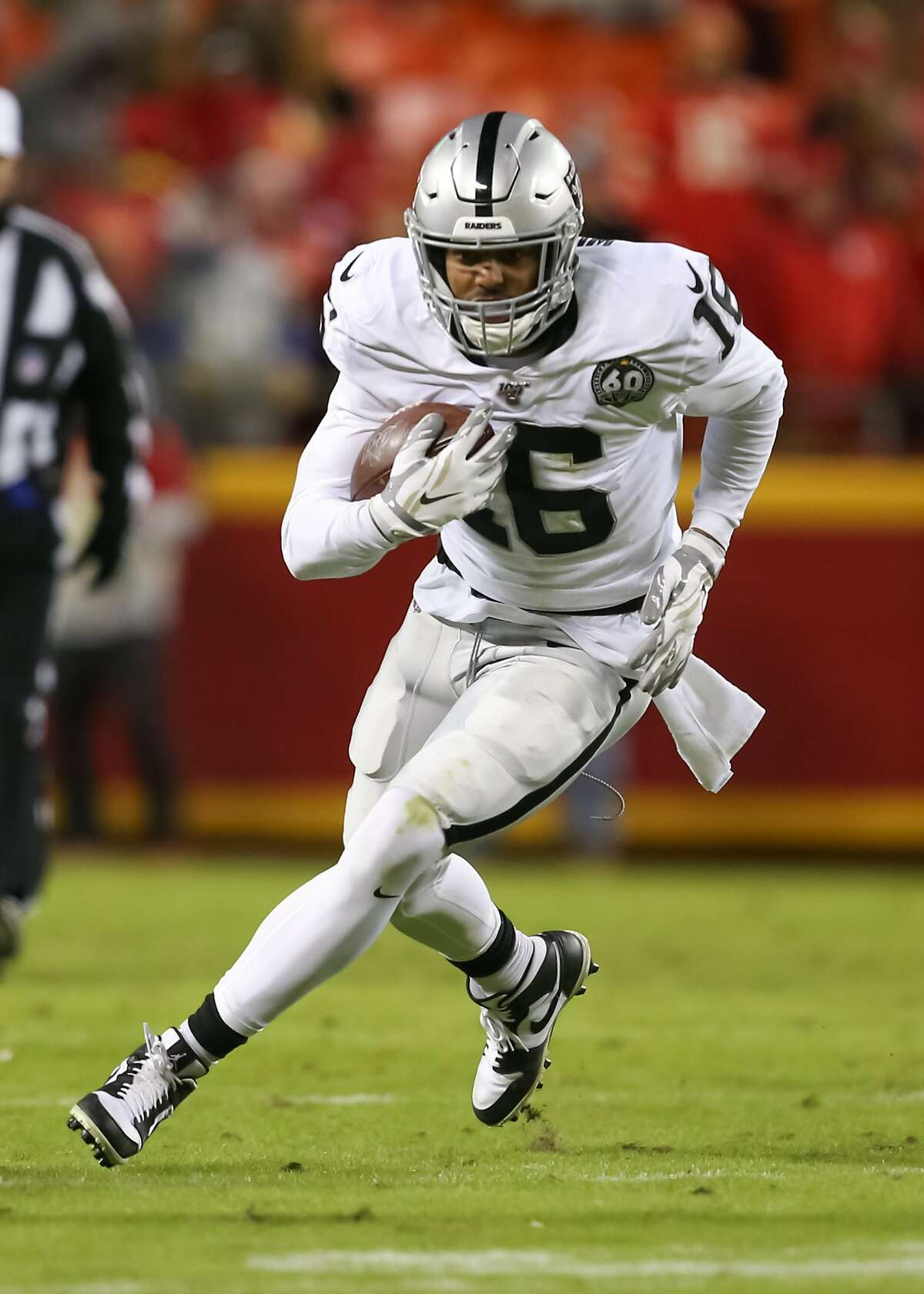 KANSAS CITY, MO - DECEMBER 01: Oakland Raiders wide receiver Tyrell Williams (16) runs after the catch in the fourth quarter of an AFC West game between the Oakland Raiders and Kansas City Chiefs on December 1, 2019 at Arrowhead Stadium in Kansas City, MO. (Photo by Scott Winters/Icon Sportswire via Getty Images)