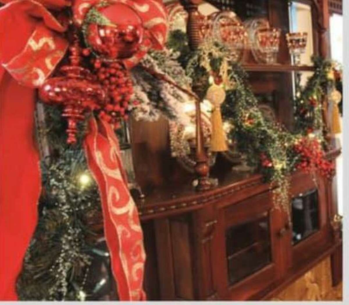 The Darien Historical Society is holding a holiday reception on Thursday, Dec. 5, from 6:30 to 8:30.