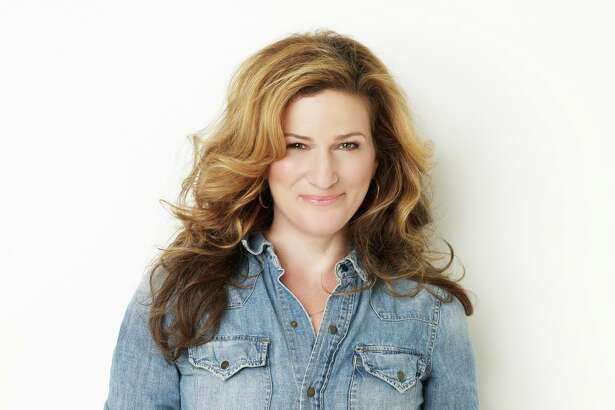 "Former ""Saturday Night Live"" star Anna Gasteyer will perform Dec. 18, 2019 at the Ridgefield Playhouse in support of her holiday album, ""Sugar & Booze."""