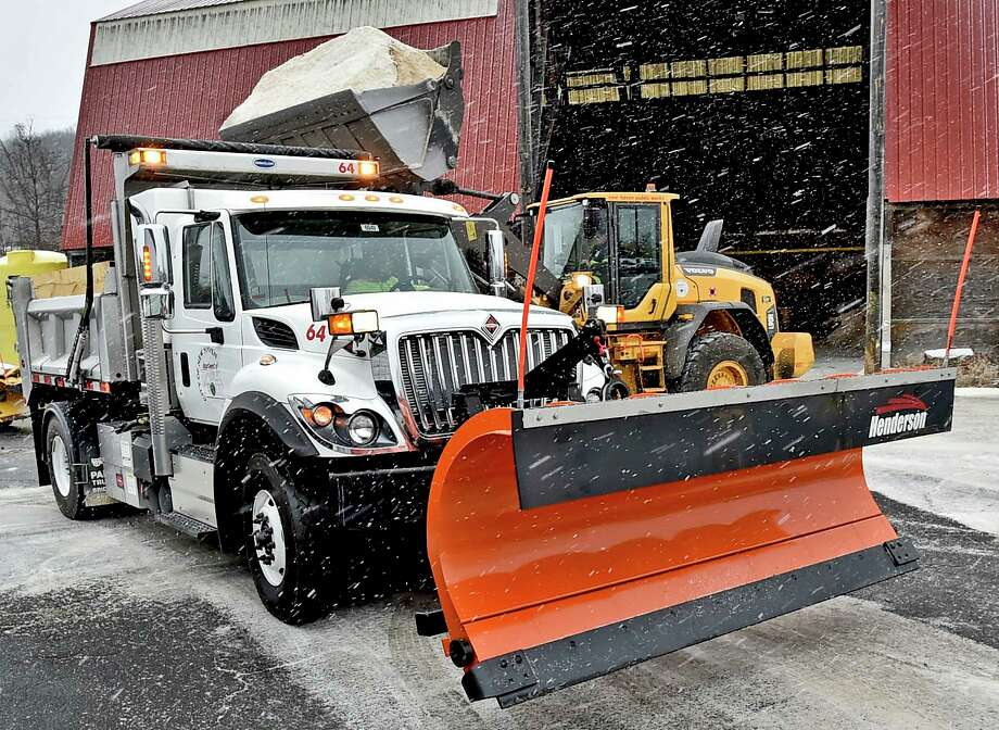 New Haven, Connecticut - Sunday, December, 1, 2019: A New Haven Department of Public Works pay loader dumps salt into its snowplow trucks Sunday afternoon as the City of New Haven prepares to attack the snowstorm with its snow removal teams. Photo: Peter Hvizdak / Hearst Connecticut Media / New Haven Register