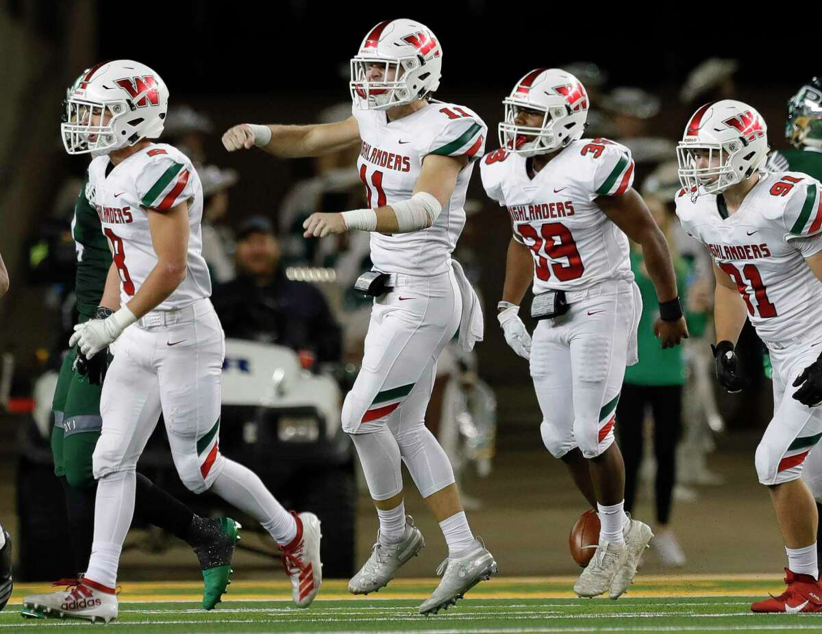 The Woodlands linebacker Cannon Starcke (11) and the rest of the senior class will be missed after leading the Highlanders to the third round of the playoffs.