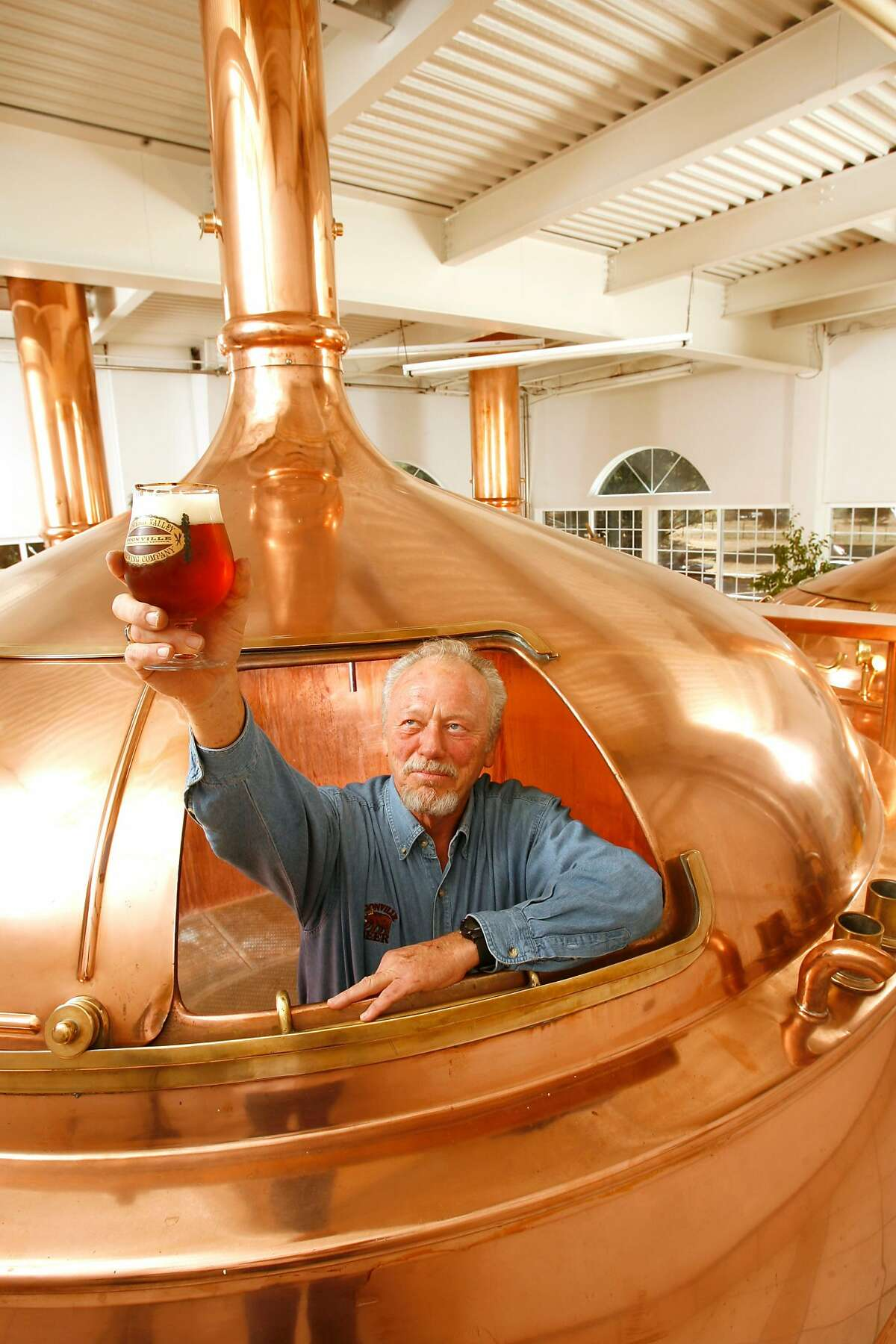 BEERTOUR29_352_cl.JPG Story about breweries in Mendocino and Sonoma counties. This is Ken Allen of Anderson Brewing Company in Boonville. He is inside one of his copper boiling kettles. Craig Lee / The Chronicle Ran on: 11-03-2006 Ken Allen, president of Anderson Valley Brewing Co., usually enjoys his firms beer someplace other than inside a copper boiling kettle.