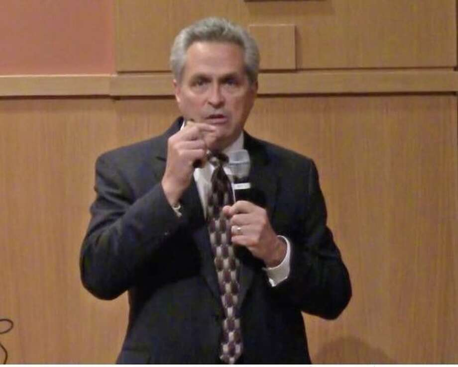 Paul Sachs, director of pulmonary medicine at Stamford Health, spoke at a recent talk at the Darien Library called Vaping, E-Cigs & Juuling: What Parents and Teens Need to Know. Photo: Darien TV79 / / Connecticut Post