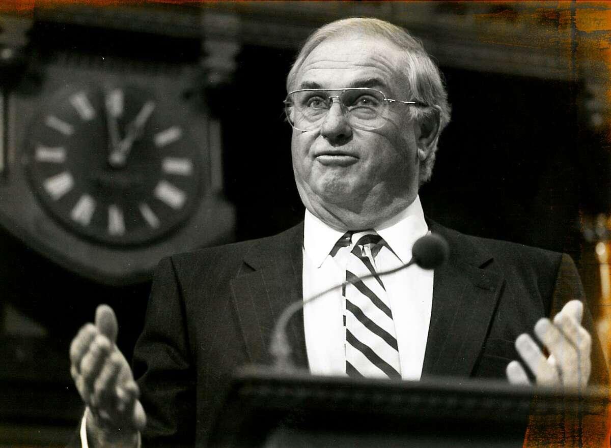 Gov. Lowell Weicker speaks in Hartford, Conn. Feb. 9, 1994.