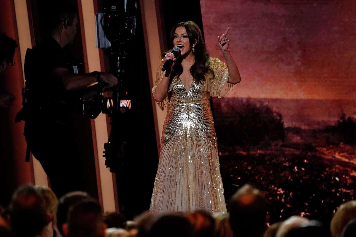 Martina McBride sings recently at the CMA Awards in Nashville.