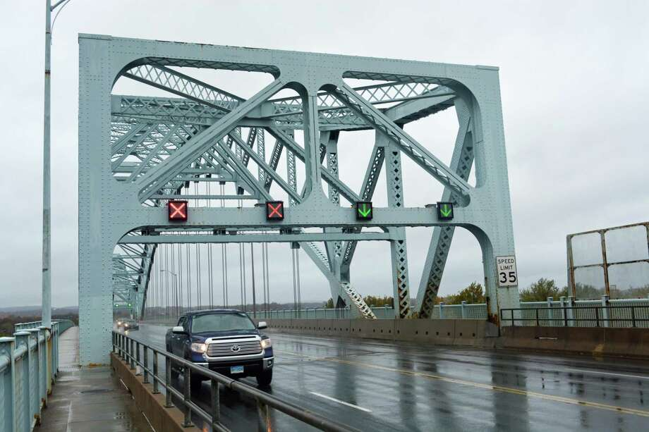The Arrigoni Bridge connects Middletown and Portland over the Connecticut River. Photo: Cassandra Day / Hearst Connecticut Media