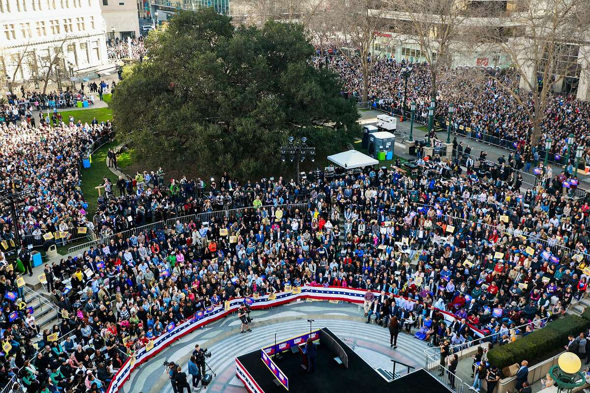 Senator Kamala Harris gives a speech at her first presidential campaign rally in her hometown of Oakland, California, on Sunday, Jan. 27, 2019.