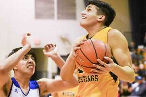 Bryan Garcia scored 16 points in Nixon's 40-point win over St. Augustine Tuesday.