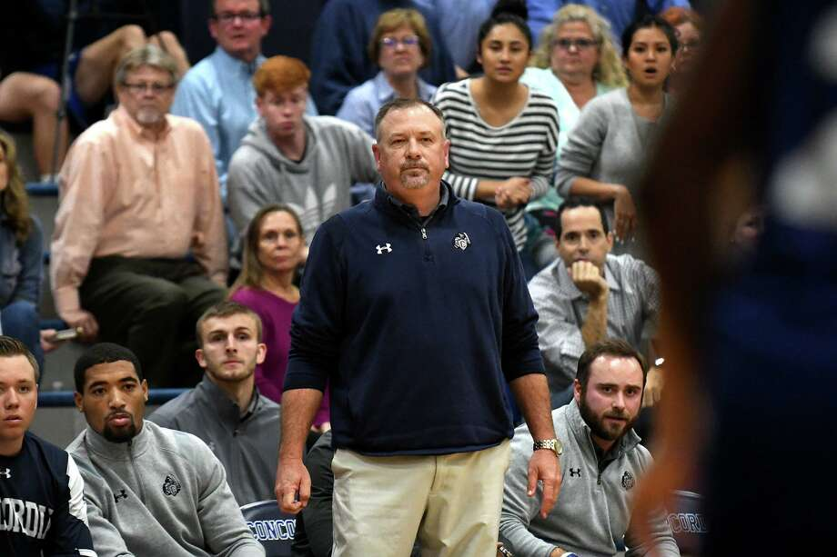 Concordia Lutheran head basketball coach Bill Honeck, center, watches his team work against Houston Christian during the 4th quarter of their Southwest Prep matchup at CLHS on Jan. 22, 2019. Photo: Jerry Baker, Houston Chronicle / Contributor / Houston Chronicle