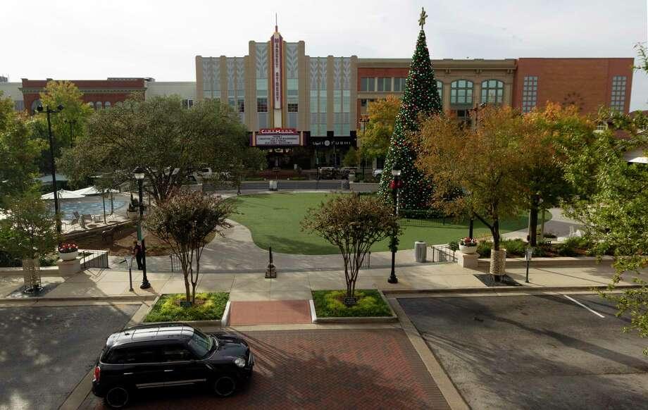 Market Street is seen Thursday, Nov. 21, 2019, in The Woodlands. Photo: Jason Fochtman, Houston Chronicle / Staff Photographer / Houston Chronicle