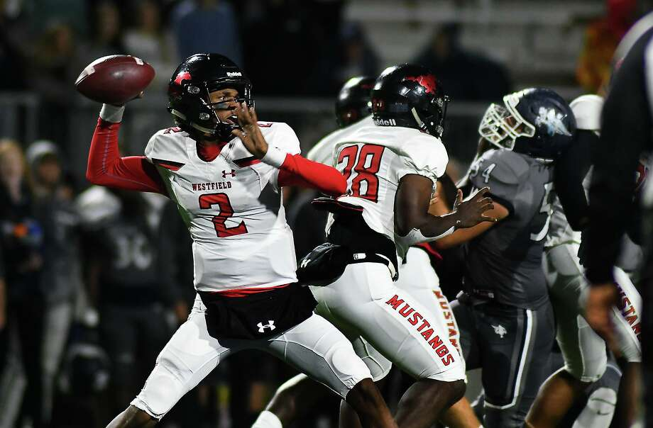 Westfield defeated Midway in the Class 6A Division II Region 2 area round, Nov. 29, at Sheldon ISD Panther Stadium. Photo: Jerry Baker, Houston Chronicle / Contributor / Houston Chronicle