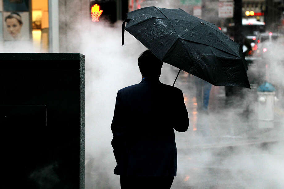More rain in the forecast for the Bay Area. Photo: Getty Images / 2011 Getty Images
